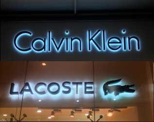 Calvinklein Lacoste Anuncio Luminoso Cancun
